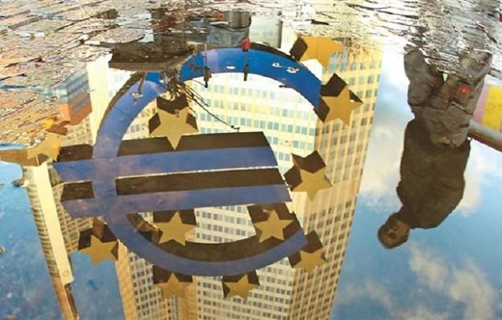 Η ανατομία ενός Grexit: Τι θα συνέβαινε αν η Ελλάδα αποχωρούσε από το ευρώ;