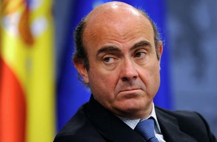 Μεγάλη απόσταση μεταξύ της Ελλάδας και των δανειστών «βλέπει» ο Ισπανός ΥΠΟΙΚ