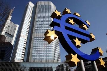 Bloomberg: Η συνολική χρήση του ELA στην Ελλάδα διαμορφώθηκε στα 57,5 δισ. ευρώ