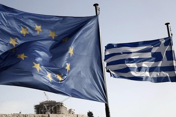 Financial Times: 18 ξένοι οικονομολόγοι συνιστούν την επίτευξη συμφωνίας με την Ελλάδα