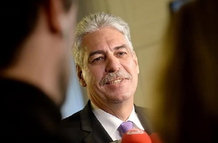 Σέλινγκ (Αυστριακός ΥΠΟΙΚ): Δεν τίθεται θέμα εξόδου της Ελλάδας από το ευρώ