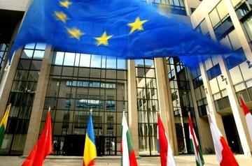 Σύνοδος Κορυφής την άλλη εβδομάδα αν δεν υπάρξει συμφωνία στο Eurogroup