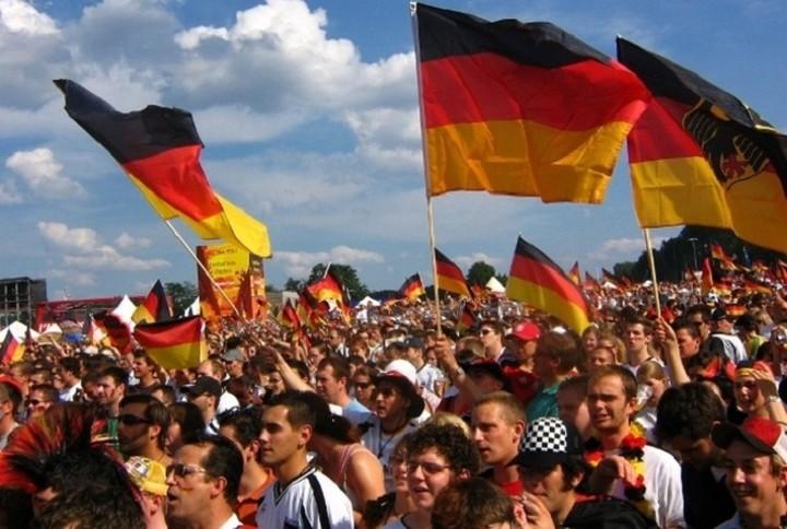 Δημοσκόπηση: Ένας στους πέντε Γερμανούς υπέρ της ελληνικής συμφωνίας
