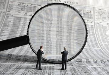 Στο μικροσκόπιο της εφορίας οι μεγάλες τραπεζικές συναλλαγές