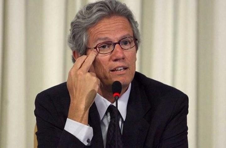 Μπατίστα (ΔΝΤ): «Η Ελλάδα δεν μπορεί να βγει από την κρίση, χωρίς κούρεμα του χρέους»
