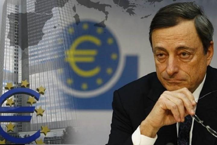 Μάριο Ντράγκι: Δεν αγοράζουμε ελληνικά ομόλογα