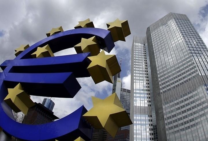 Economist:Ο χρόνος και τα χρήματα που διαθέτει η Ελλάδα μειώνονται με ταχύ ρυθμό