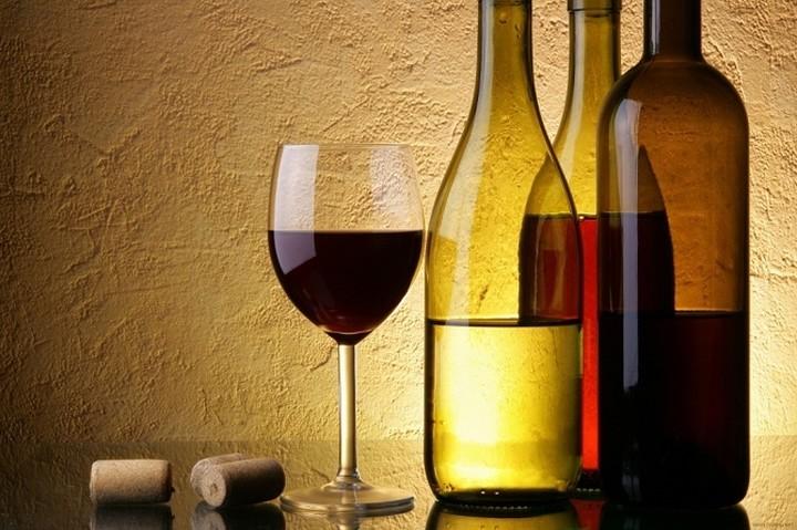 WSJ: Η καλύτερη επένδυση στην Ελλάδα είναι...τα κρασιά της!