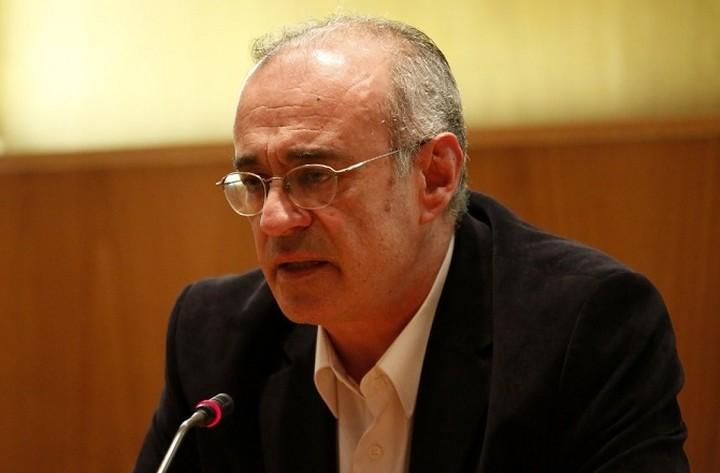 Μάρδας: Μείωση κατά 50% στους μετακλητούς υπαλλήλους της κυβέρνησης