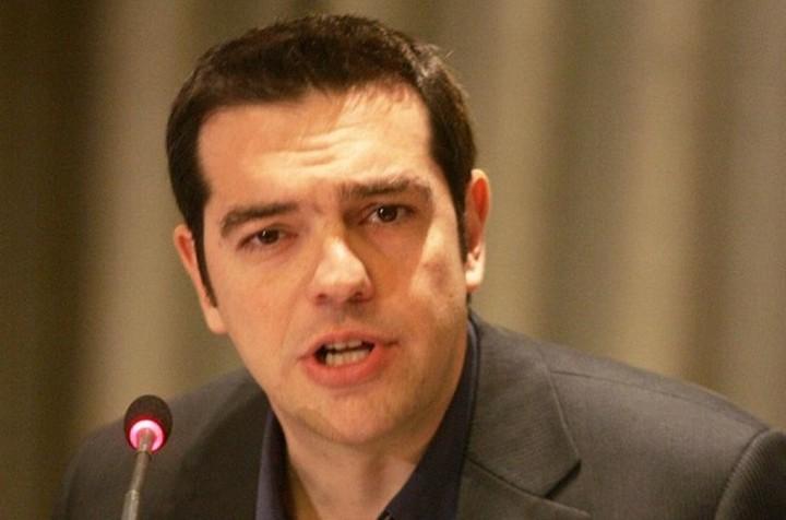 """Αλ.Τσίπρας: """"Αποκλείω έξοδο της Ελλάδας από την Ευρωζώνη, διότι αγαπώ την Ευρώπη"""""""