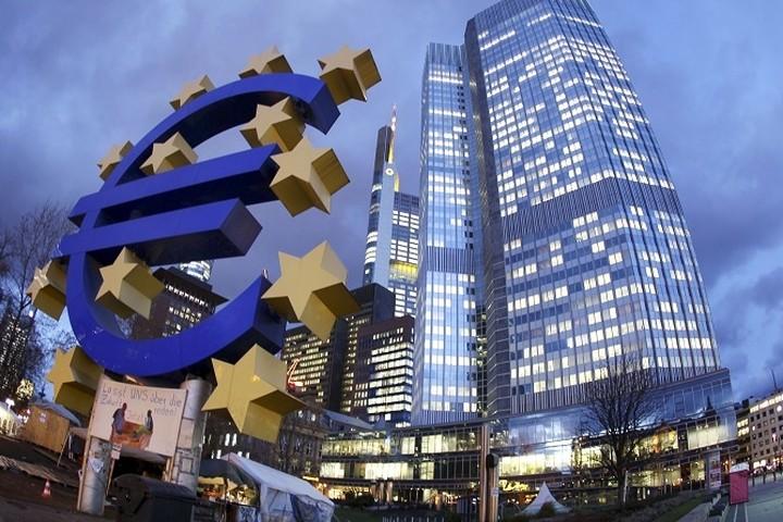 Από σήμερα το πρόγραμμα ποσοτικής χαλάρωσης της ΕΚΤ