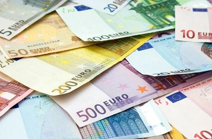 Σε ανοδική πορεία το ευρώ μετά το χαμηλό 12ετίας