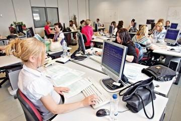 Αύξηση της μισθωτής εργασίας παρατηρήθηκε το Φεβρουάριο