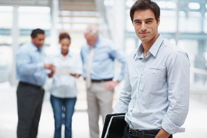 Ανοίγουν θέσεις για απολυμένους, «διαθέσιμους» και επιτυχόντες ΑΣΕΠ