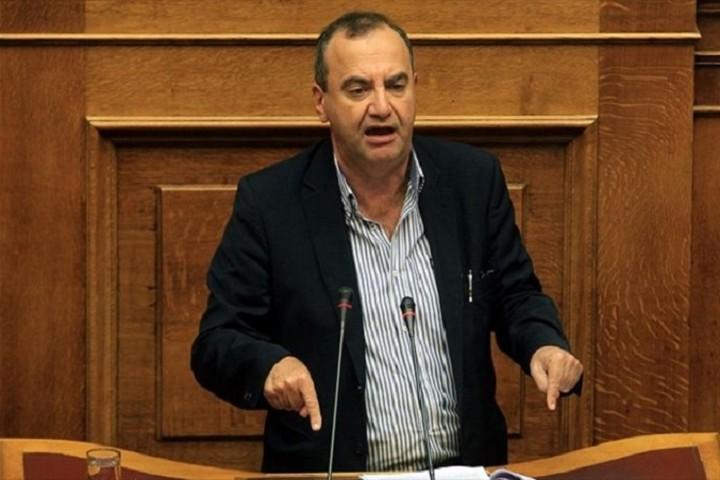 Στρατούλης: Περίπου 1,5 δισ. ευρώ στα ασφαλιστικά ταμεία με τη ρύθμιση των 100 δόσεων
