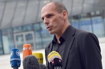 Βαρουφάκης στο ARD: Θα κάνουμε τα πάντα να πληρωθούν πιστωτές και συνταξιούχοι