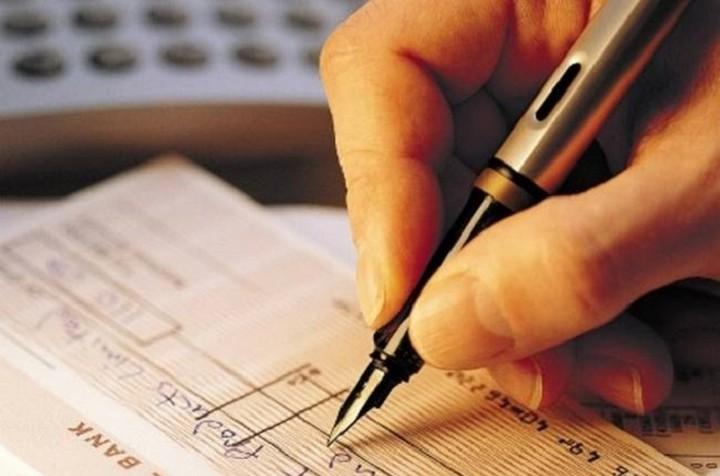 Μείωση στις ακάλυπτες επιταγές και συναλλαγματικές τον Φεβρουάριο