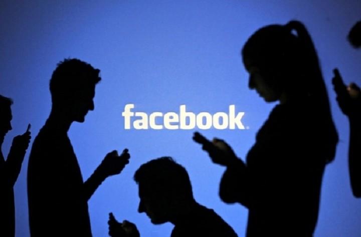 Σφίγγει ο «κλοιός» στο Facebook: Ποιες αναρτήσεις απαγορεύτηκαν