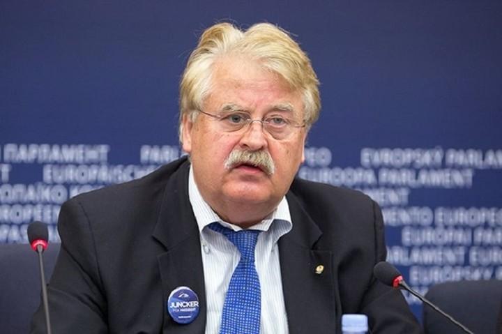 Ελμαρ Μπροκ: Το Grexit θα φέρει αποδυνάμωση στην Ευρωπαϊκή Ένωση και το ΝΑΤΟ