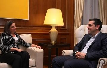 Νούλαντ:«οι ΗΠΑ επιθυμούν να καταφέρει η Ελλάδα να συνάψει μια καλή συμφωνία με τους θεσμούς»