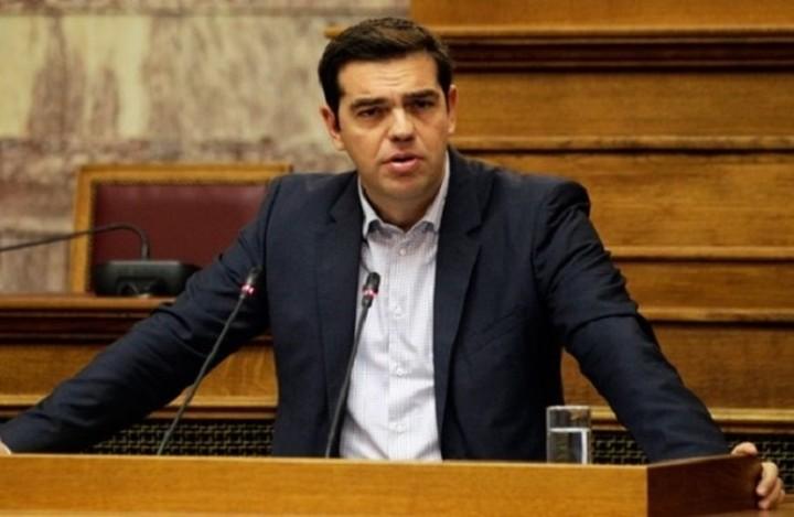Τσίπρας: «Σήμερα ψηφίζεται ένα σχέδιο νόμου που δεν μεταφράστηκε αλλά γράφτηκε εδώ»