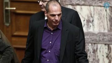 "Bild:«Ο Έλληνας ΥΠΟΙΚ έχει τελειώσει, καθώς όποιος τον βλέπει θα ""βλέπει"" πάντα το μεσαίο του δάχτυλο»"