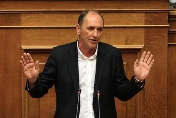 Σταθάκης:«Τα θέματα που αφορούν κοινωνικές προτεραιότητες δεν αποτελούν αντικείμενο διαπραγμάτευσης»