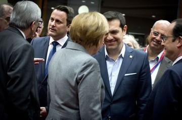 Ξεχωριστές συναντήσεις επιδιώκει ο Αλ. Τσίπρας με Μέρκελ και Ολάντ πριν τη Σύνοδο