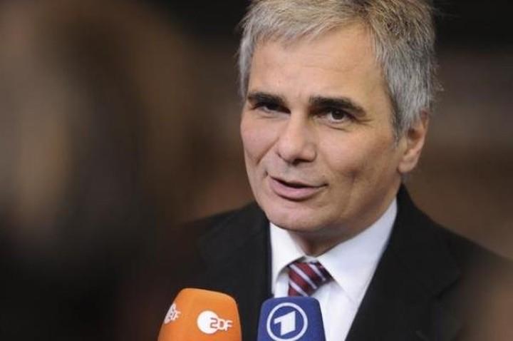 Φάιμαν:«Η ελληνική κυβέρνηση θα πρέπει να γίνει σεβαστή αλλά θα πρέπει να υπάρξει προσέγγιση και από την πλευρά της»