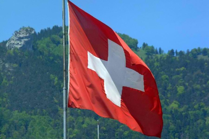 Ξανανοίγει ο φάκελος «καταθέσεις στην Ελβετία» -Το ενδεχόμενο φορολόγησης