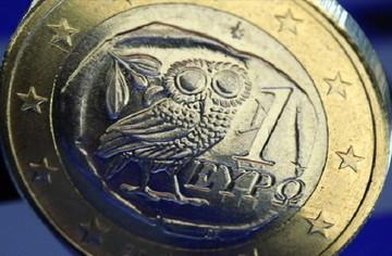 Bloomberg: Καθοριστική αυτή η εβδομάδα για το μέλλον της Ελλάδας στη ζώνη του ευρώ