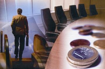 WSJ: Εγκαταλείπουν το ευρώ οι θεσμικοί επενδυτές - Προσφεύγουν σε άλλα επενδυτικά καταφύγια