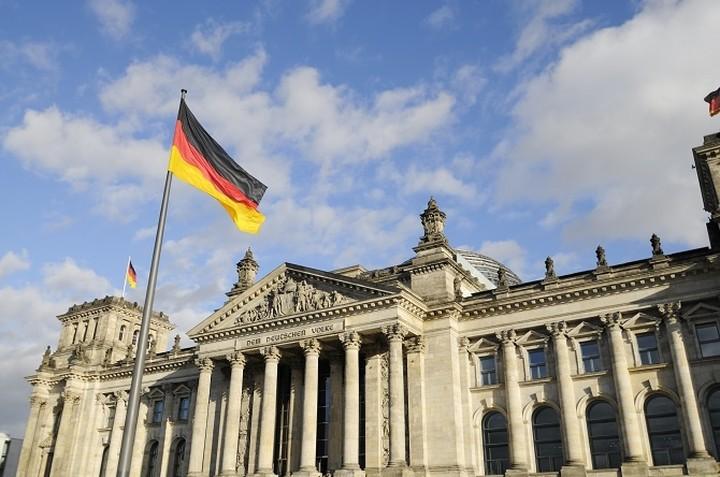 Γερμανός εκπρόσωπος: Μην περιμένετε αποφάσεις από τη συνάντηση Τσίπρα-Μέρκελ