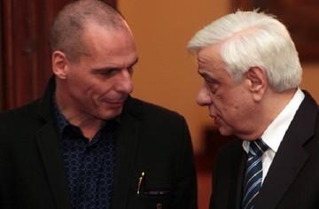 Παυλόπουλος: Με τον κ. Βαρουφάκη μιλάμε σαν συνάδελφοι