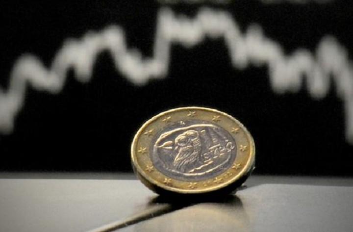 Σημάδια ανάκαμψης στο ευρώ