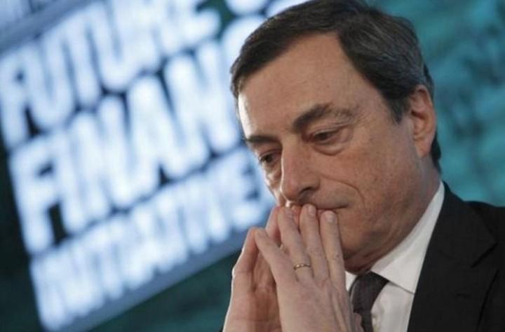 Ντράγκι: Ο διάλογος ανάμεσα σε Ελλάδα και θεσμούς θα βοηθήσει τις ελληνικές τράπεζες