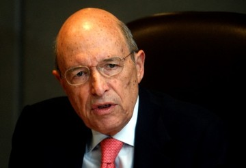 Σημίτης: Η έξοδος οποιασδήποτε χώρας από την Ευρωζώνη δεν είναι μάλλον δυνατή