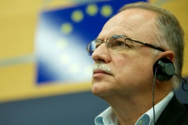 Γιατί ο Έλληνας καταναλωτής πληρώνει περισσότερα από τον Ευρωπαίο για τηλεπικοινωνίες;