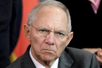 Σόιμπλε:«Τα χαμηλά επιτόκια οδηγούν σε κακή κατανομή των πόρων»