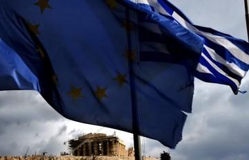 Spiegel: Μηδενικό πλεόνασμα και χρηματοδοτικό κενό 10-20 δισ. ευρώ για την Ελλάδα