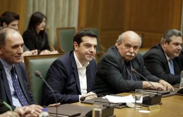 Συνεδριάζει το κυβερνητικό συμβούλιο στις 19:00