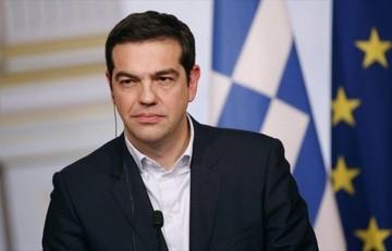 Telegraph: Ο Τσίπρας αντιστέκεται αλλά οι δανειστές μπορεί να τον εξαναγκάσουν σε στροφή 180 μοιρών
