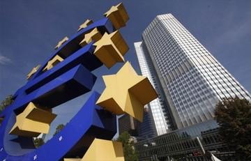 Bloomberg:«Τα νεύρα τεντώνονται στην ΕΚΤ για την Ελλάδα»