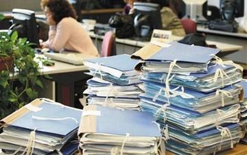 Σε ποιες θέσεις στο Δημόσιο θα προσληφθούν 1.800 υπάλληλοι