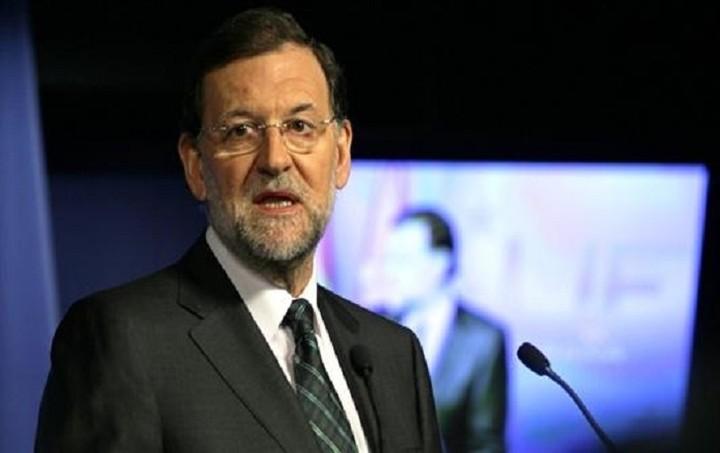 Ραχόι: Ναι στην παραμονή της Ελλάδας στην Ευρωζώνη όμως με τους κανόνες της ΕΕ