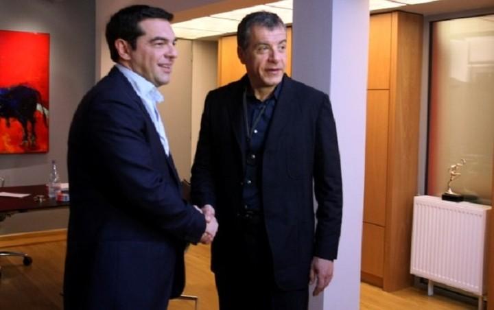 Συμφωνήσαν Τσίπρας-Θεοδωράκης σε θέματα ιδιωτικοποιήσεων και μεταρρυθμίσεων