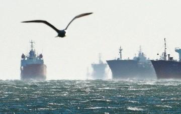 Κατά 156 πλοία μεγαλύτερος ο ελληνόκτητος στόλος το 2015