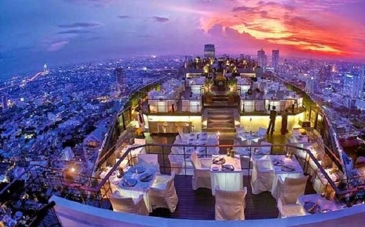 Στα 10 καλύτερα εστιατόρια στον κόσμο με απίστευτη θέα και ένα ελληνικό (ΦΩΤΟ)