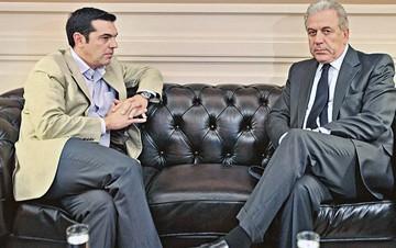Αναβάλλεται για αύριο η συνάντηση Τσίπρα - Αβραμόπουλου