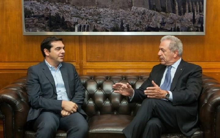 Τσίπρας: Οι διαπραγματεύσεις εξελίσσονται και ωριμάζουν - Αβραμόπουλος: Μη συγχέετε τη διαπραγμάτευση με το μεταναστευτικό